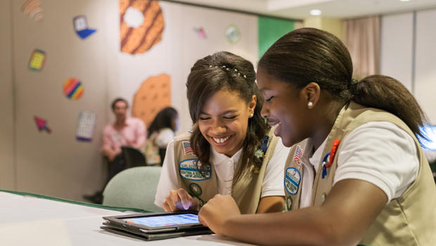 Girl Scouts using the new Digital Cookie platform. Image credit: Girl Scouts